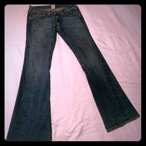Classic Joey Twisted Seam Flare Jean in Fallspoint